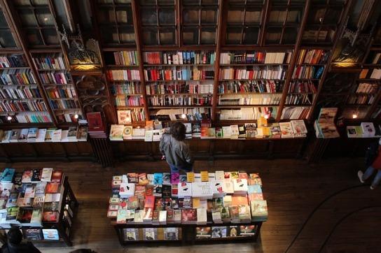 bookshop-2495148_640