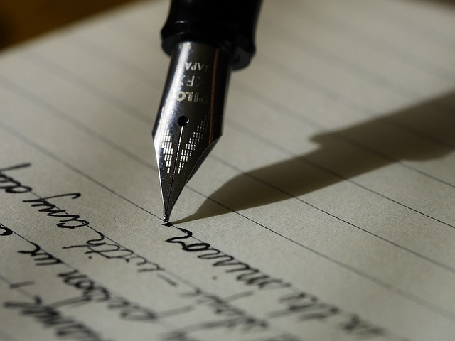 Pen names and other authorshipdevices